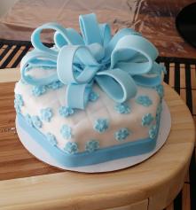 Hexagonal Cake 6' - Up