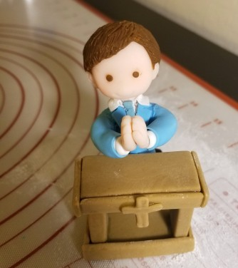 Cake Topper - Praying Kid5